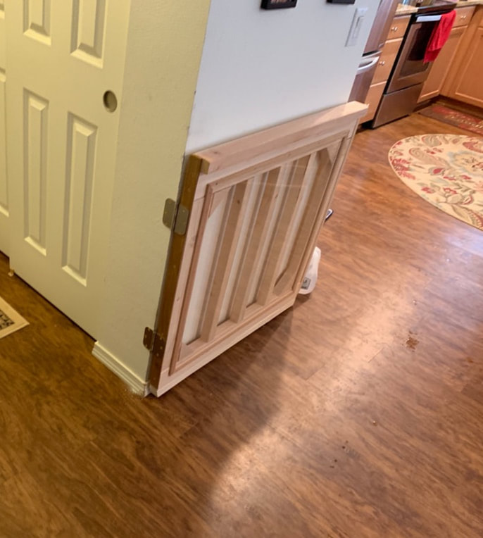 Indoor wood dog or baby gate