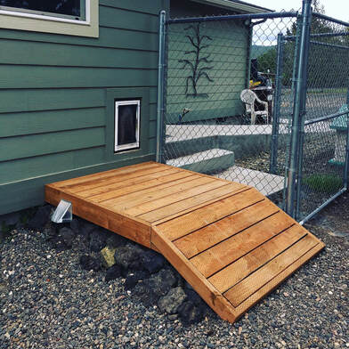 Dog Deck with Ramp